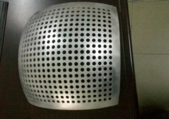 穿孔双曲铝单板